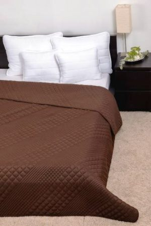 Clara ágytakaró kocka steppeléssel